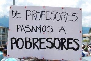 """El drama de los """"más taquilleros"""", hay 40 mil maestros sin nombrar"""