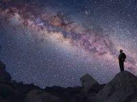 El cosmos pertenece a los griegos (I)