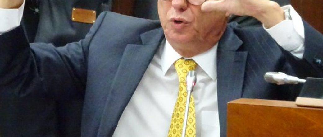 Para saber toda la verdad en Odebrecht, el Fiscal Martínez debe renunciar a su cargo